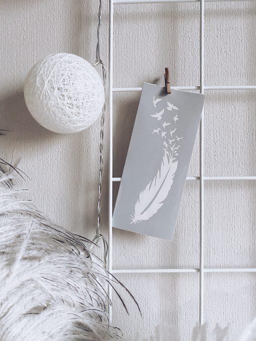 перо с птицами трафарет